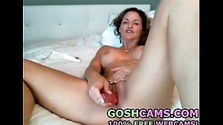 Old busty mature MILF bitch stimulating to turning-point with a palpitating dildo
